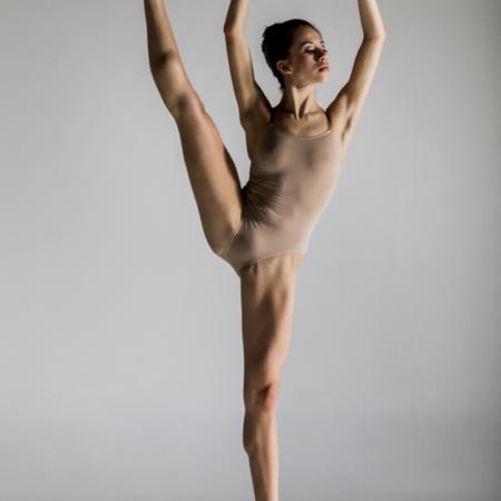 Bailarina Letícia Dias