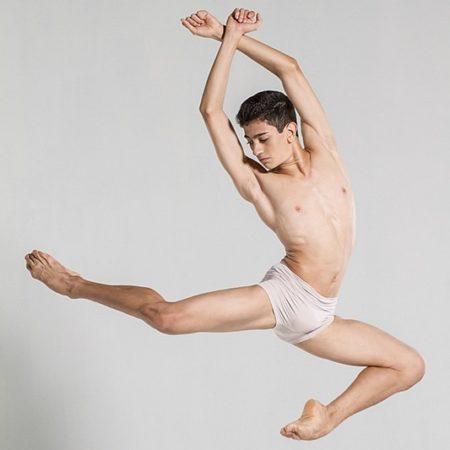 3 alunos da Petite Danse, atualmente estão no Royal Ballet